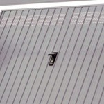 Perch cambiare la porta se pu bastare una spranga club viro - Proteggere basculante garage ...