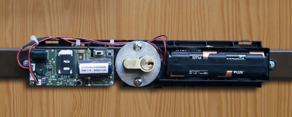 L'alloggiamento delle batterie nella spranga elettronica Viro,