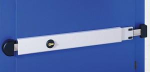 La Spranga regolabile Viro si adatta a porte di larghezza compresa tra 73 e 98 cm