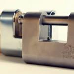 Quali caratteristiche deve avere un buon lucchetto per serranda?