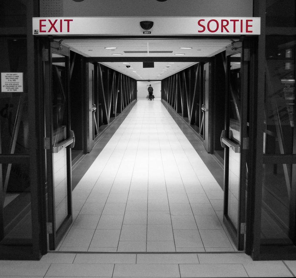 Il pomolo interno sulla serratura della porta di ingresso fornisce ad un eventuale ladro una comoda via d'uscita (foto di flickr/C.P.Storm).