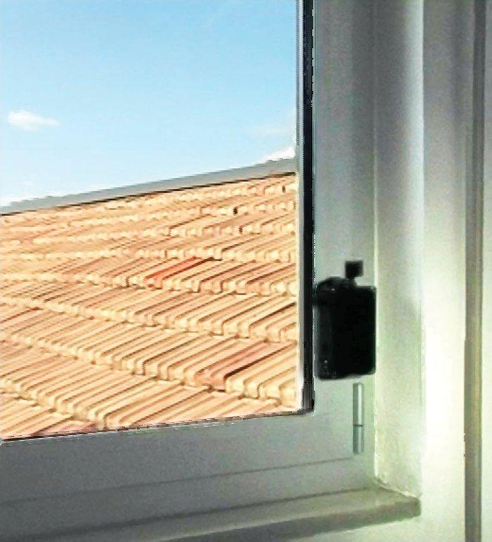 Il Viro M.A.C. applicato ad una finestra.