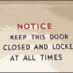 E oltre alla porta di ingresso?