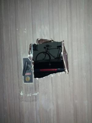 Come difendersi dai furti delle bici in garage club viro - Porta del garage ...