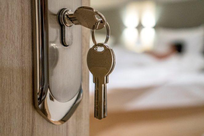 chiave-inserita-serratura