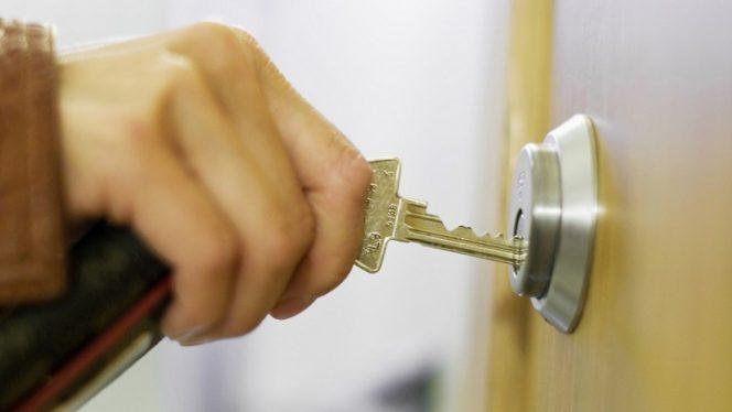 chiave bloccata nella serratura