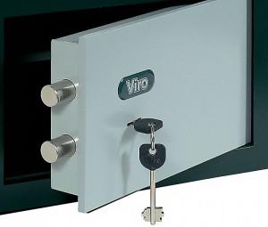 Caja fuerte con cerradura de llave Viro.