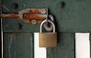 Un ejemplo de punto de fijación débil del candado (fotografía: flickr/Paul).