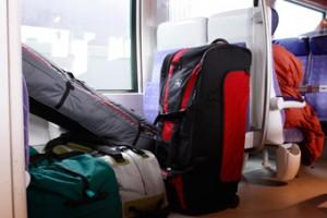 Durante un viaje en tren a menudo no se pueden tener bajo control las maletas ni las personas que suben y bajan en las paradas.